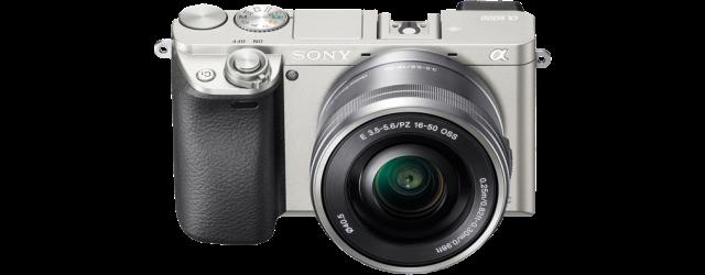 De A6000 in het zilver. Foto 'geleend' van de Sony site.
