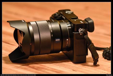 De A6000 met Carl Zeiss 16-70 f4